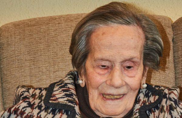 La Dra. Ángela Mouriz cumple 100 años.